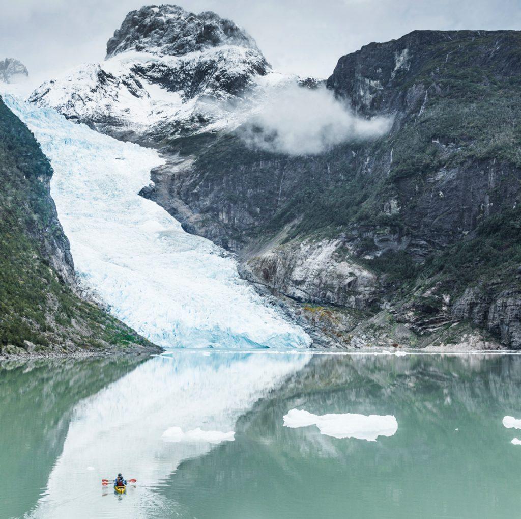 serrano glacier kayak trips in patagonia